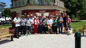 Mayor and people of beaufort in front of rotunda. Dulcie in centre.