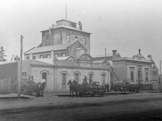 Ballarat Brewing Company. Gold Museum Collection